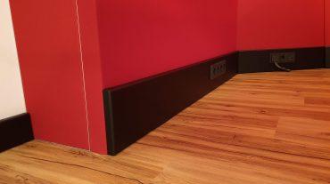 ADS Acoustic Design System Regiefront Fussleiste