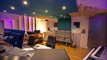 Akustikmassnahmen in einer Produktionsregie